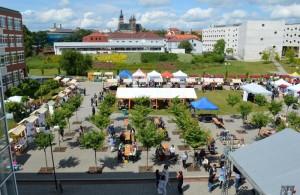 část festivalového městečka